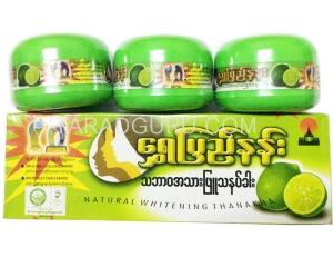 แป้งทานาคาพม่า Shwe Pyi Nann สูตรมะนาว 140 กรัม 3 กระปุก